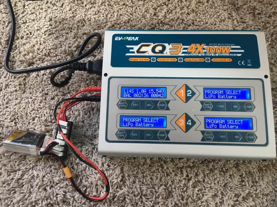 充電器とバッテリーの接続