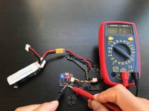 テスターでFCなどの電圧チェック