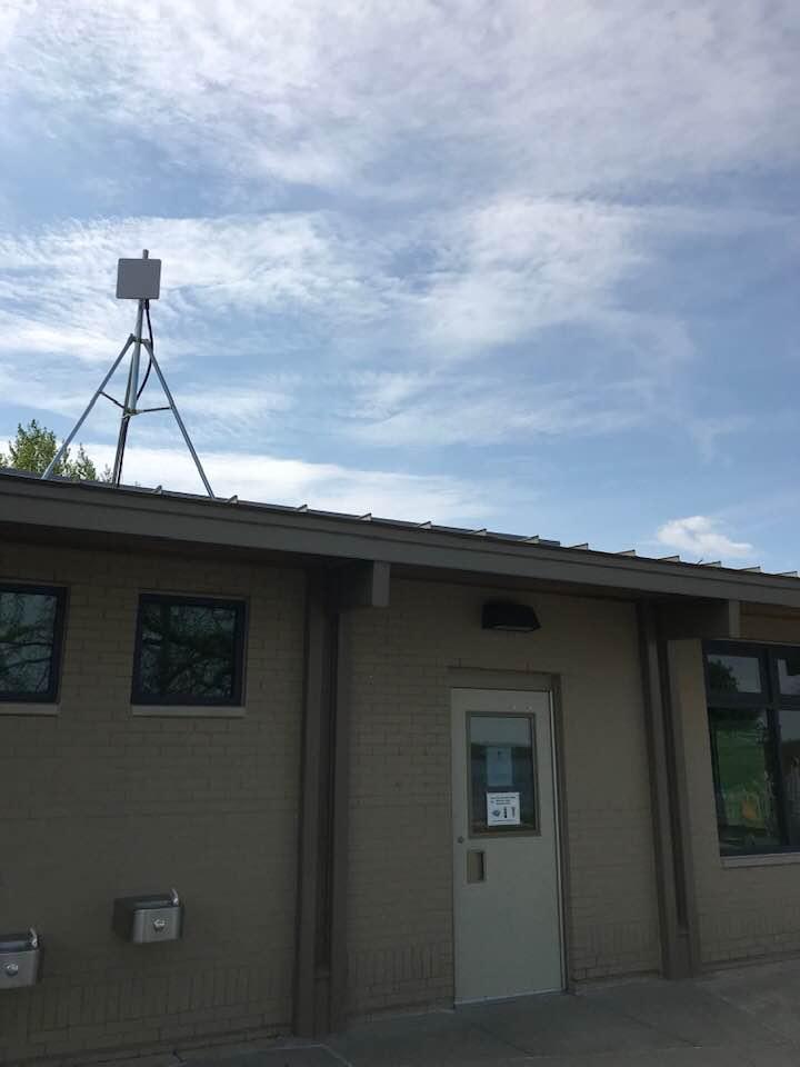 Beta85x HDが墜落した屋根