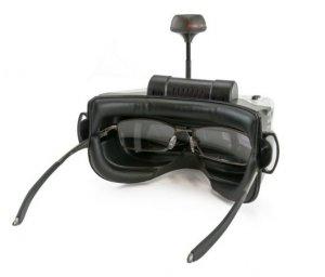Fatshark Scoutに眼鏡使用